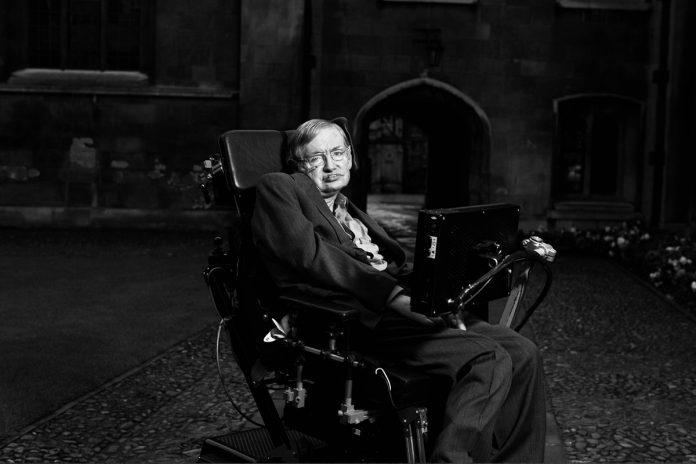 Інвалідне крісло та дисертацію Стівена Хокінга продали на аукціоні за $1 млн