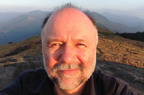 Андрій Курков: «Богемний спосіб життя не дозволяє стати професійним письменником»