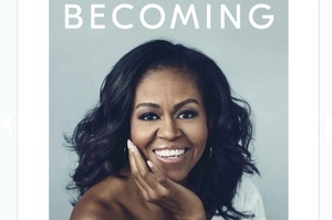 Книга Мішель Обами про її життя з Бараком Обамою стала бестселером у США