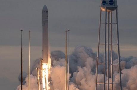 NASA успішно запустило ракету «Антарес», створену за участю українців