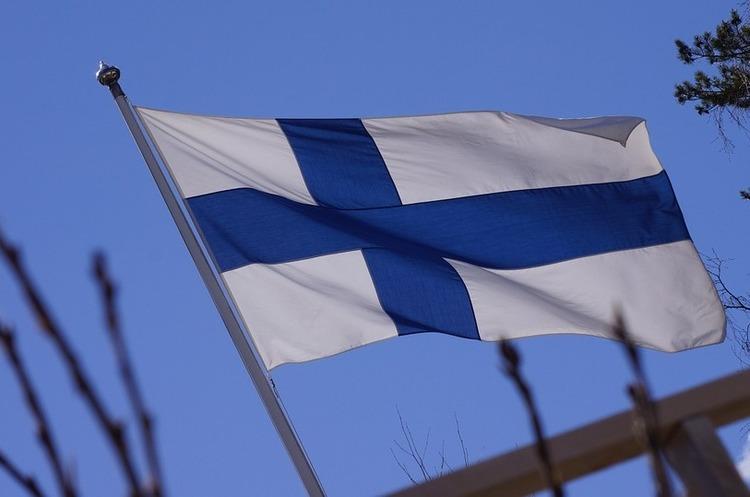 Фінляндія припинила продаж зброї до ОАЕ та Саудівської Аравії
