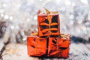 Для справи та душі: 15 різноманітних корпоративних подарунків