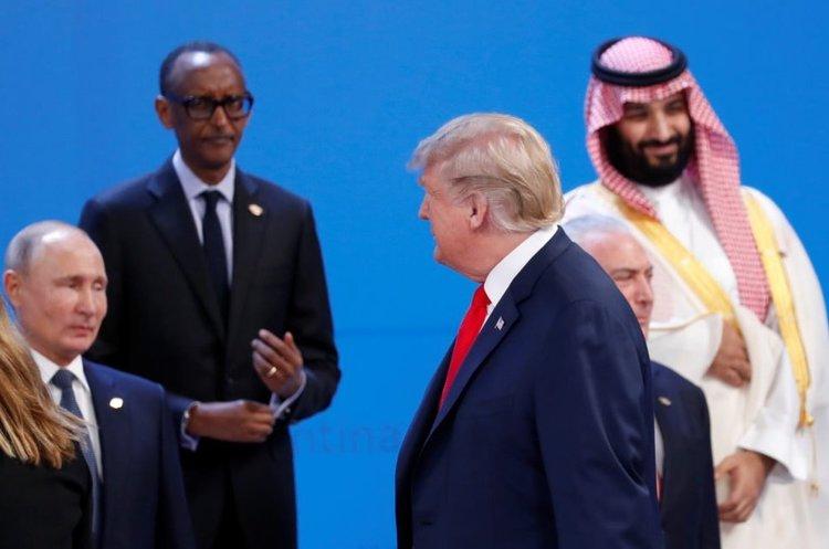 Початок G20: Путін не привітався з Трампом, зате дав «п'ять» принцу Мухаммеду (ВІДЕО)
