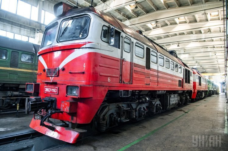 Омелян планує вже 2019 року допустити приватні локомотиви на залізницю