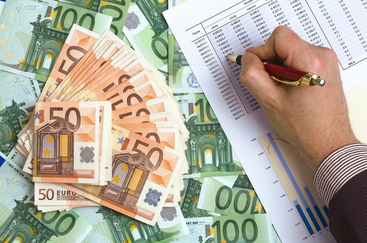 ЄС розміщує євробонди для фінансової допомоги Україні та Грузії