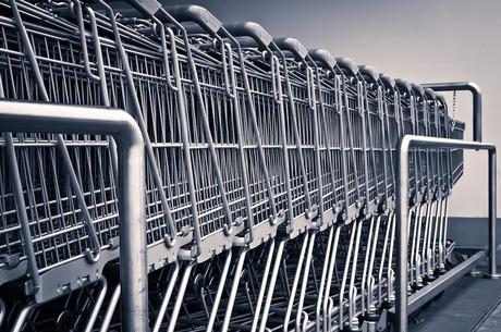 To be or not to be: як «цегляний» ритейл відстоює свої позиції у битві з e-commerce