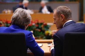 ЄС скликає спеціальний саміт через скасування голосування по Brexit в британському парламенті