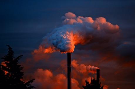 Суд забрав право нараховувати збитки підприємствам-забруднювачам повітря