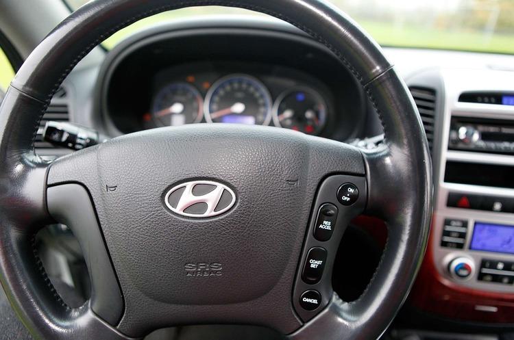 Hyundai продемонструвала систему, яка дозволяє відкрити та завести авто за допомогою відбитків пальців