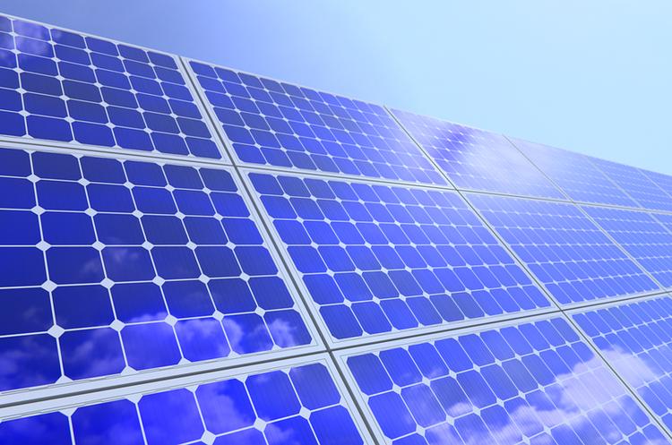 Нафтогазовий гігант Shell продовжує інвестувати в сонячну енергетику
