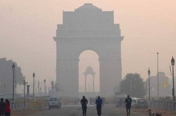 Різдво за зачиненими дверима: Делі накрив найсильніший смог за весь рік