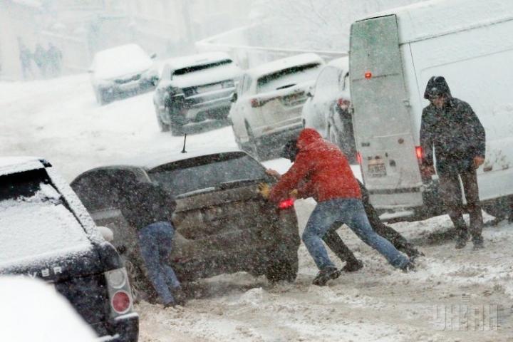 «Укравтодор» закриє в'їзд до Полтавської області для всіх видів транспорту сьогодні з 14:00