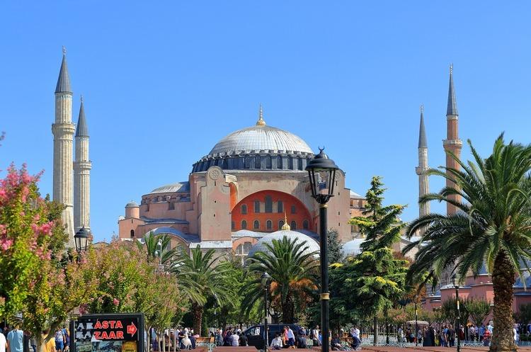 Туреччина з нового року вводить для туристів податок на безпеку