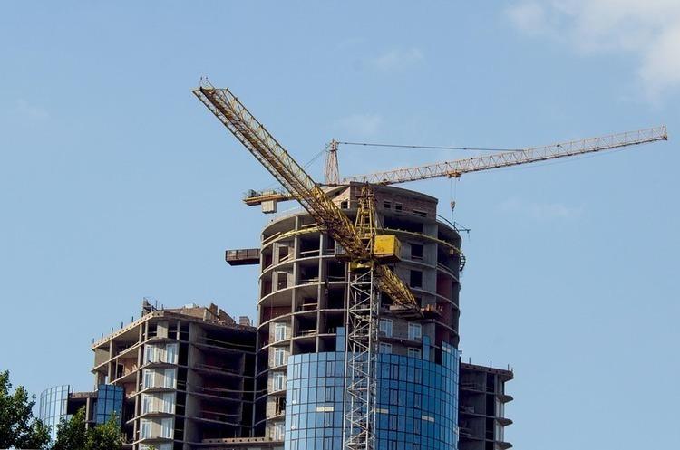 Е-майданчики з оцінки нерухомості майже на третину підвищили тарифи на реєстрацію звітів в Єдиній базі