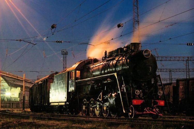 «Укрзалізниця» обіцяє подарувати настрій 20 тисячам пасажирів у новорічну ніч