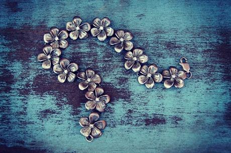 «Красоты вам в ленты»: как продавать бижутерию онлайн