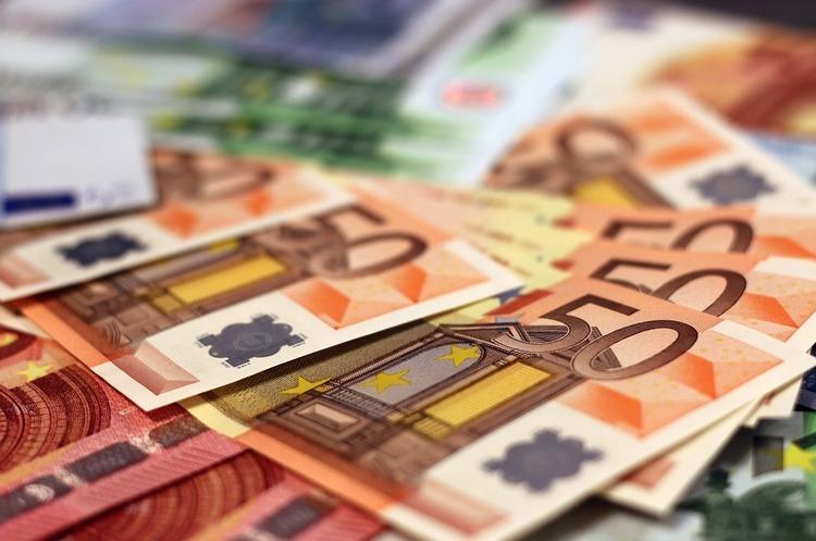 У Німеччині найближчими днями може скінчитись готівка