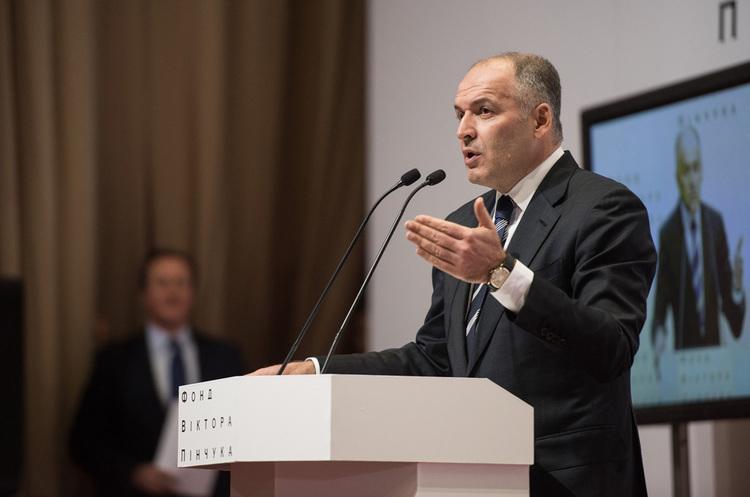 ОТП Банк продав права вимоги на проблемний кредит «Інтерпайпу» Пінчука