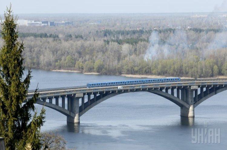 КМДА: один з мостів через Дніпро у Києві закриють на капремонт на 2 роки