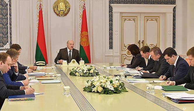 «Ніхто нікого не нахилить»: Лукашенко прокоментував ідею об'єднання з Росією