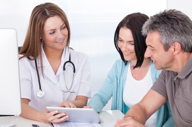 Ціна здоров'я: що відбувається з індивідуальним медичним страхуванням в Україні