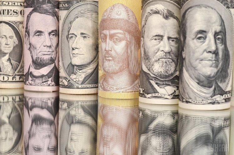 НБУ готовий знизити або скасувати норму продажу валюти для експортерів