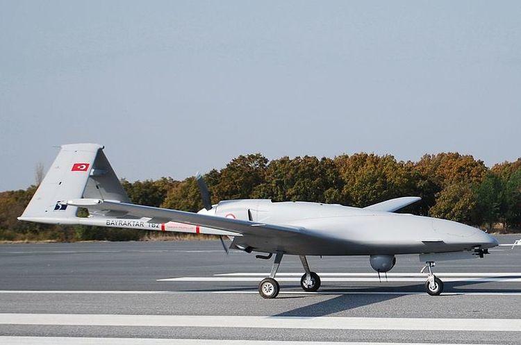 Українська армія отримає турецькі дрони Bayraktar TB2