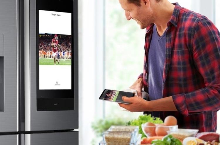 CES 2019: Samsung представила розумний холодильник