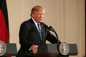 Трамп офіційно заявив про виведення контингенту з Сирії