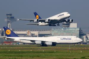 Через страйк працівників Lufthansa в німецьких аеропортах скасовано понад 400 рейсів