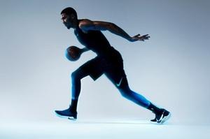 Nike представила розумні кросівки (відео)