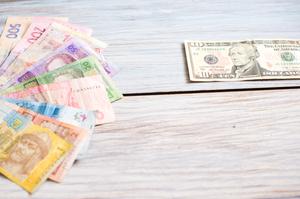 Курси валют на 17 січня: гривня зміцнюється