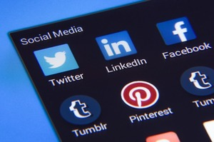 «Роскомнадзор» порушив адміністративні справи проти Twitter і Facebook
