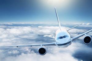 Аеропорти столиці попереджають про затримки рейсів через негоду