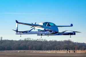 Безпілотне літаюче таксі компанії Boeing здійснило перший політ (ВІДЕО)
