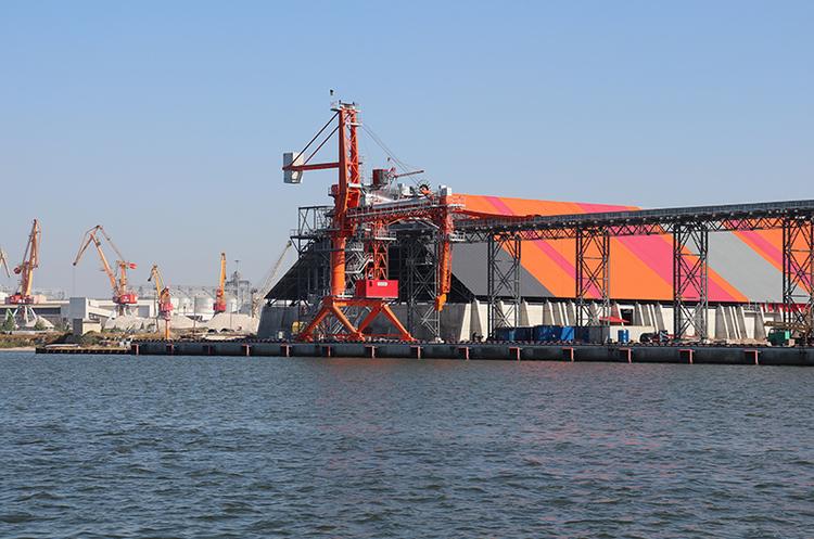 АМПУ: у морському порту Ольвія запустили в роботу новий зерновий термінал
