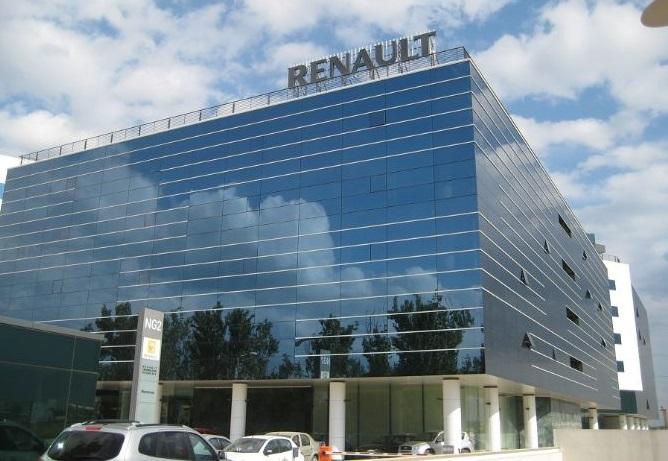 Renault призначила нових керівників замість скандального Карлоса Гона