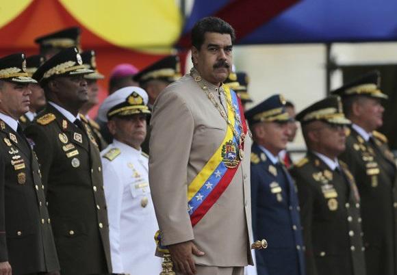 Російські найманці прибули у Венесуелу, щоб підтримати Мадуро – Reuters