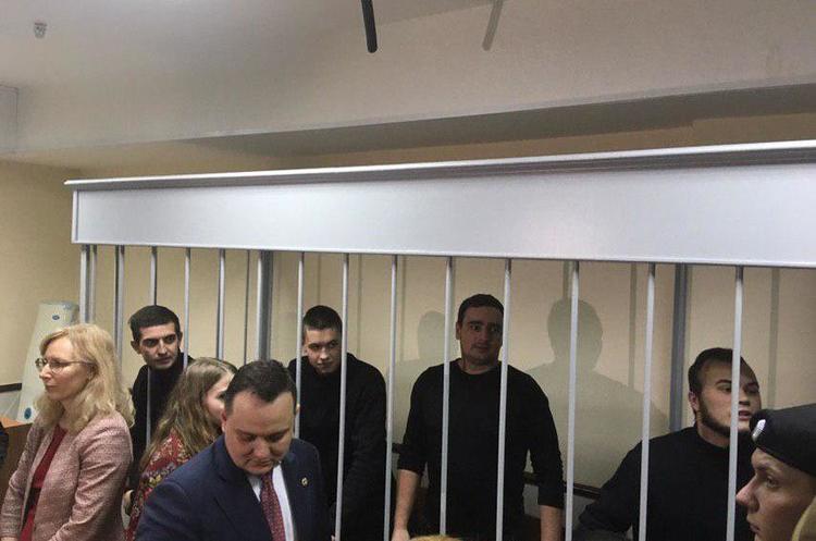 Поранених моряків планують перевести до СІЗО «Лефортово», хоча вони не вилікувались – адвокат