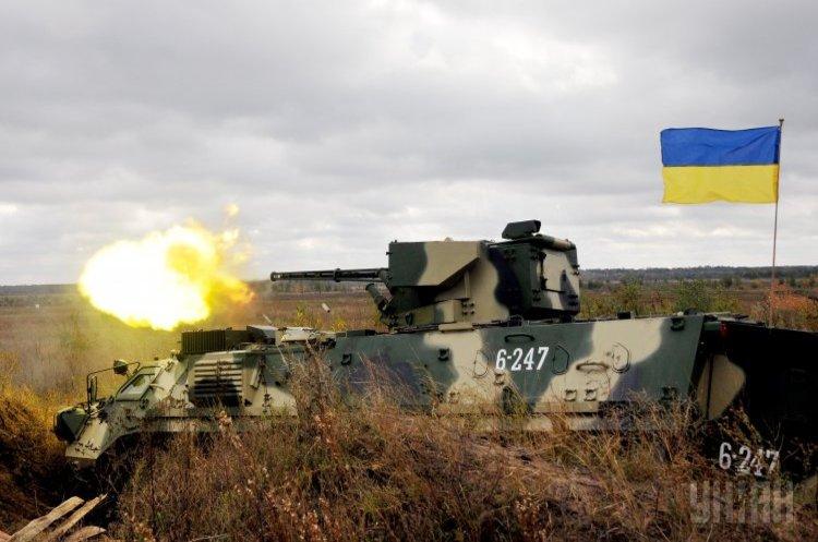 Пристрасті за БТРами: у чому головна проблема української оборонки