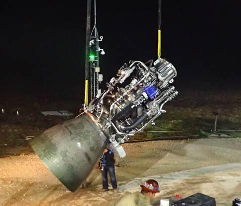 SpaceX провела випробування двигуна для космічного корабля, який виконуватиме міжпланетні польоти (ВІДЕО)