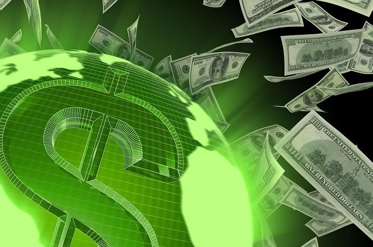 Українські банки запустили обмін валют у режимі онлайн