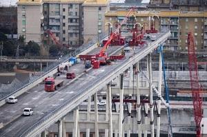 У Генуї почалося знесення мосту, через обвал якого загинули 43 людини (ВІДЕО)