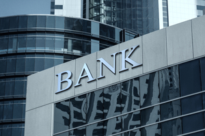 Валютні зобов'язання найбільших держбанків більші за їх валютні активи на $3,7 млрд