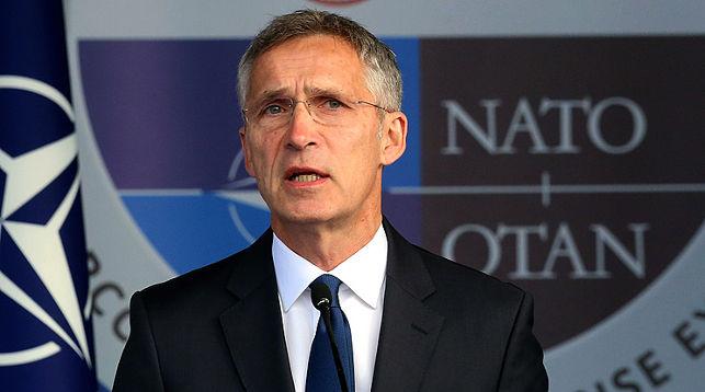 НАТО не відмовиться від ядерної зброї, доки вона є у Росії та Китаю – Столтенберг