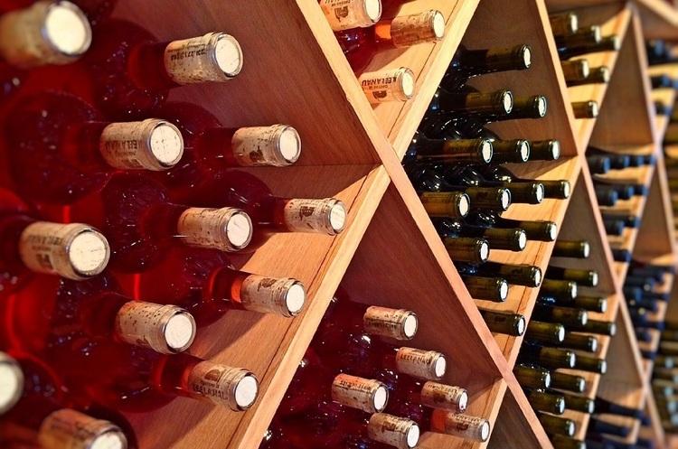 Французькі винороби побили рекорд, експортувавши алкоголю на 13,2 млрд євро