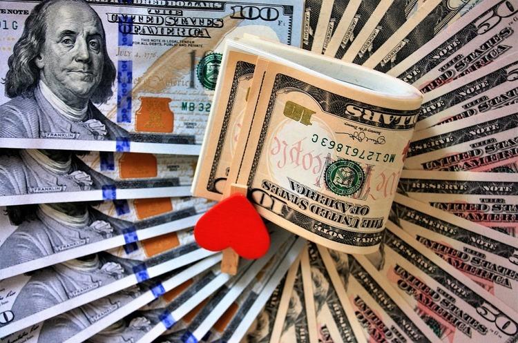 Шлюбні аферисти заробляють більше, ніж будь-які інші шахраї – FTC