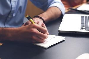 Нацкомфінпослуг нагадала страховикам про необхідність реєстрації електронного цифрового підпису