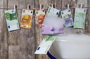 Swedbank підозрюють у причетності до скандалу із відмиванням російських грошей через Естонію