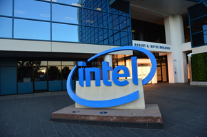 Intel визнала, що її модеми 5G з'являться у смартфонах не раніше 2020 року